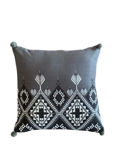 Jastuk za jogu i dekoraciju etno sivo beli ćilim